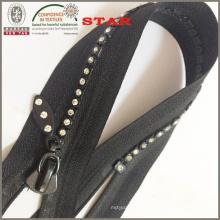 5 # Close End A Diamond Diamond Zippers