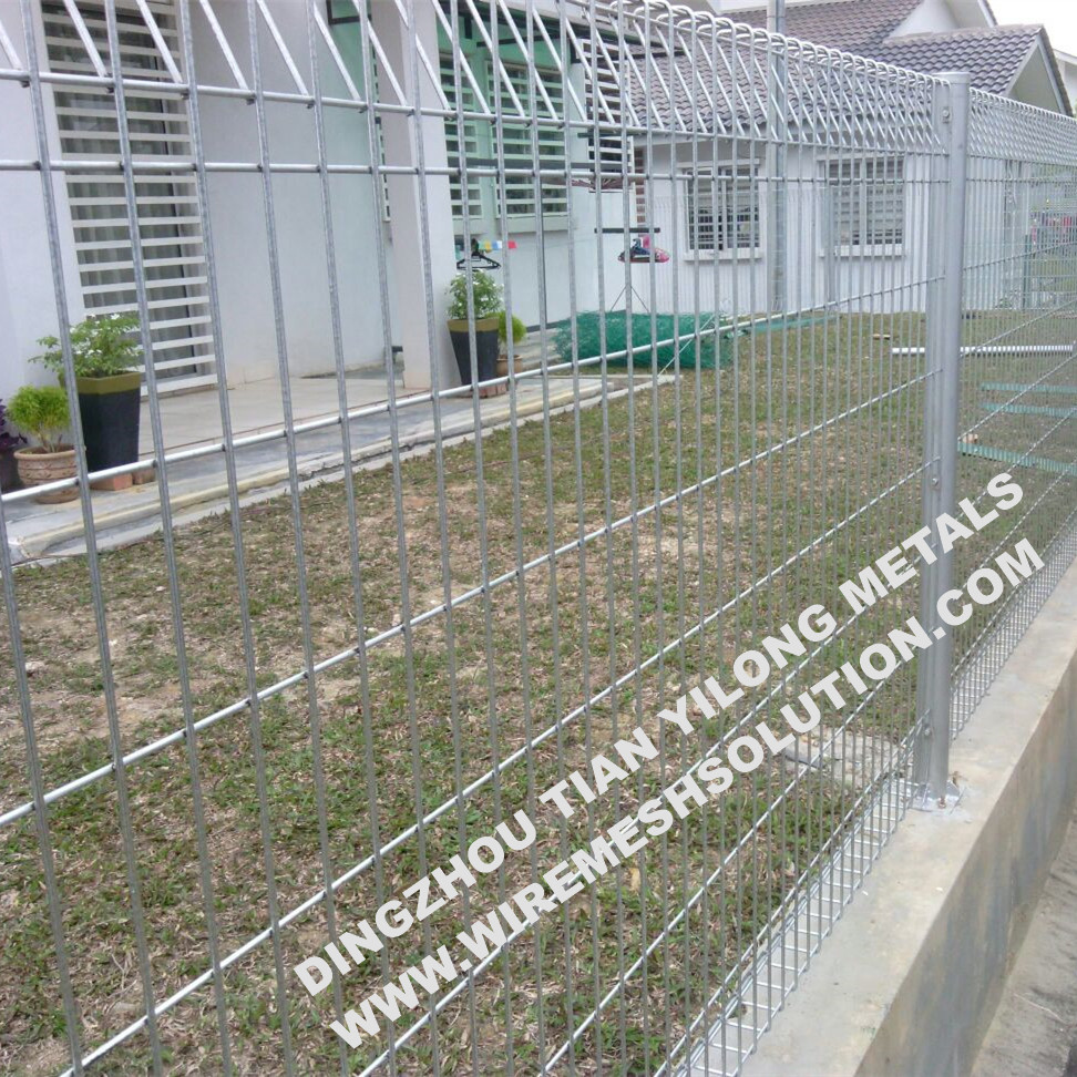 PVC Coated Roll Top Fencing Mesh