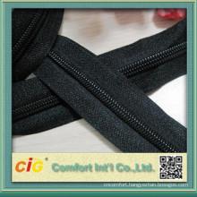 Hot-selling Long Chain Nylon Zipper Roll for Garment