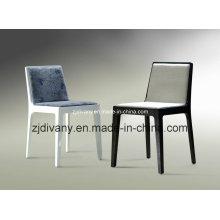 Chaise en bois en tissu (C07)