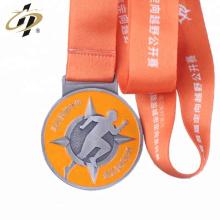 Diseña tus propias medallas de tema de deporte redondo de esmalte de metal culb