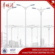 Poteau de lumière de rue galvanisé à chaud avec support