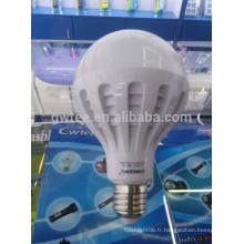 Super brillant 15w a conduit des ampoules d'urgence porte-lampe e27