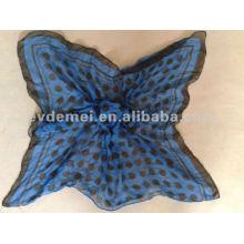 Модные точки с напечатанным полиэфирным квадратным шарфом