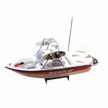 1:12 Scale Electric RC Boat, Detailed Interior and Exterior, Glossy Exterior Paint, Easy Operation