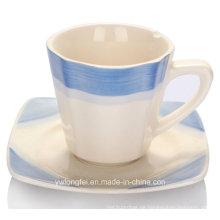 Hochwertige Porzellan-Kaffeetasse mit Teller