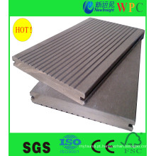 Decking composto ao ar livre popular do WPC com CE, SGS, Europa Stnadard