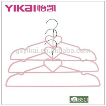 2015PVC Metallhemd Kleiderbügel in Herzform