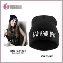 Chapeau tricoté en acrylique hiphop de mode 2015 en ligne (SNZZM002)