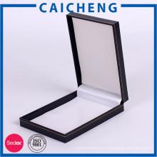 Выполненный на заказ PU кожаный коробка ювелирных изделий ожерелье упаковка коробка