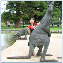 2016 New Design Life Size Brass Kangaroo Sculpture