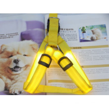 collar de mascota de iluminación amarilla que hace suministros llevó arnés de perro
