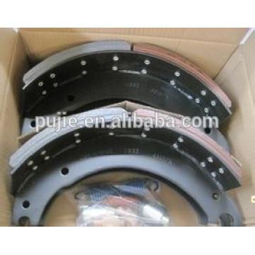 Heavy duty truck brake shoe