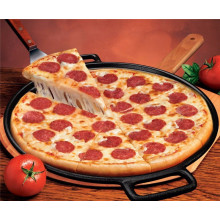 Eco-friendly pizza pan with two handles