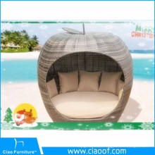 China Big Factory Sale Cozy Patio Wicker Rattan Apple Sunbed