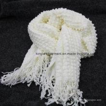 Echarpe tricoté en mousse à la forme de forme acrylique à 100% et à la frange