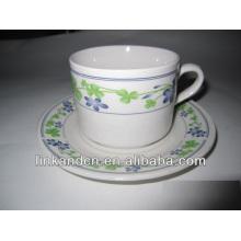 Autocollant latéral en céramique Haonai empilant des tasses à café et des soucoupes