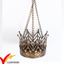 Hängende goldene Krone Metall Teelicht Kerzenständer