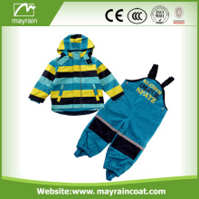 Polyester enfants dessin animé Raincoats Rainsuits