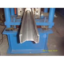 Máquina formadora de líneas en forma de M