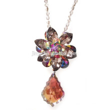 Grande negrito Crysal Flower Pendant Statement Costume Necklace