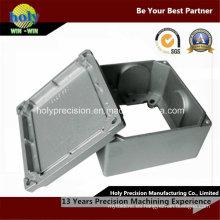 CNC que trabaja a máquina la pieza del CNC de 4 AXIS
