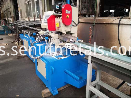 Automatic Cutting Machine (1)