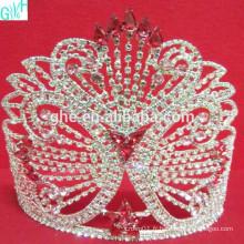 La beauté de la grande couronne de papillons diamant AB