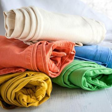 Dril de algodón elástico de poliéster de color regular para los pantalones vaqueros de niña