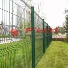 Triangle pliant PVC a clôturé la clôture de fil soudé