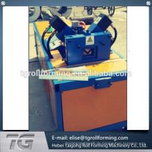 Winkel-Walzenformmaschine V purin Walzenformmaschine
