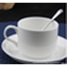 Venda quente utilidades domésticas xícara de café e pires conjunto de cerâmica