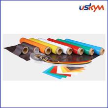 Fabricante de encargo Fuerte imanes de goma con el PVC del color en rodillo