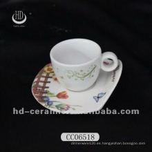 Taza de café expreso de cerámica y platillo, taza de café y platillo