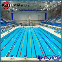Blauwe mozaïektegels voor zwembad
