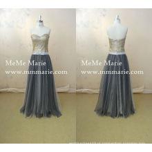 Vestido de noiva do piso com faixa de fita