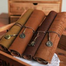 En gros style vintage rouleau type stylo sac imitation obturateur en cuir pirate trésor carte stylo poche / étudiants crayon sacs / poches