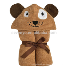 Toalla de baño infantil con capucha, perro marrón con ojos de fieltro aplicados y nariz y pecas bordadas, 100% algodón orgánico