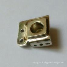 Quincaillerie en fer avec pièces en nickel