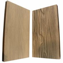 Terrasse en bois composite de surface lisse en bois riche