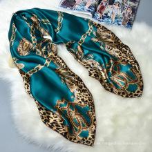 Gran chal de gran tamaño 110 * 110 cm fábrica digital de impresión púrpura 100% bufanda cuadrada musulmán de seda