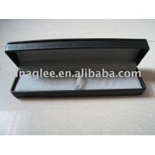 cuir avec étui stylo en plastique