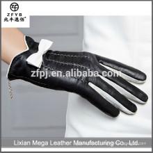 China Proveedor señoras mano coser guantes de cuero