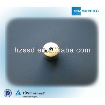 Round AlNiCo Magnets with Holes