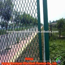 Polvo verde de alta calidad recubierto con redes de acero para protección de carreteras