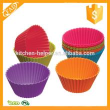 Verschiedene Farben Wiederverwendbare Silikon-Muffin-Cups