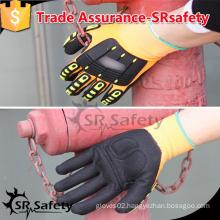 SRSAFTY 13 gauge nylon and glassfibre and HPPE liner coated black nitrile on palm, TPR chips on back