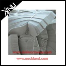 Cravate en polyester brossé double interlignage