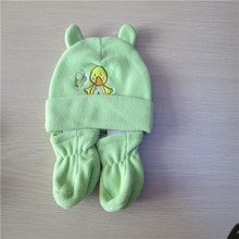 conjunto de chapéu e luvas de lã bebê