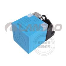 Sensor inductivo de distancia de detección extendida de 10-30V DC (LE40SZSF25DPOY-E2)